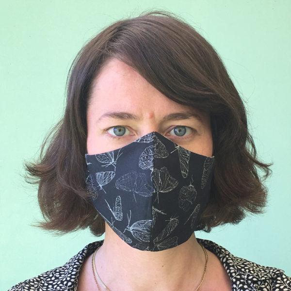 Stoffmaske-Bio-Baumwolle-Schmetterling-schwarz
